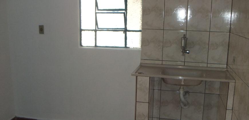 Quarto e cozinha – Próximo ao Metro Alto do Ipiranga